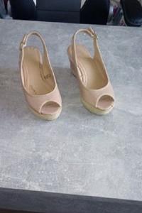 Sandały damskie F&F...