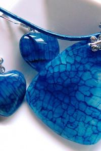 Niebieski agat pajęczy wisior kolczyki serduszka...