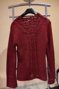 Czerwony sweter rozmiar 36...