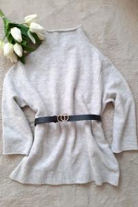 Szary ciepły sweterek Zara oversize...