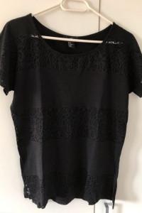 Czarna koszulka z koronką H&M z krótkim rękawem oversize...