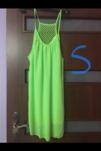 Neonowa sukienka...