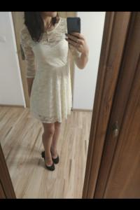 Biała sukienka koronkowa...