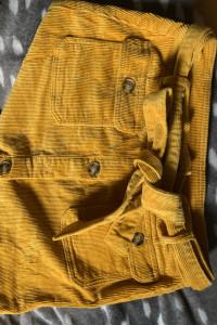 Musztardowa spódnica C&A...