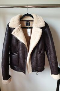 Nowa kurtka z kożuchem Bershka rozmiar XS S