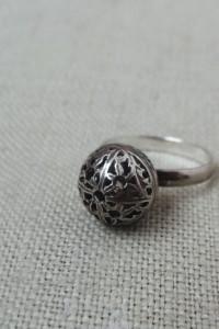 Pierścionek srebrny kulka...