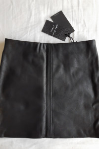 Spódnica mini MOHITO sztuczna skóra...