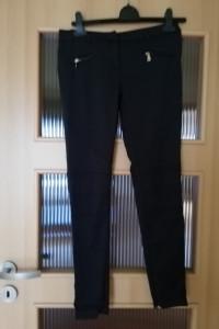 Super spodnie marki GUESS...
