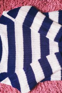 Sweter w paski...
