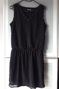 Sukienka czarna z dżetami rozmiar S...