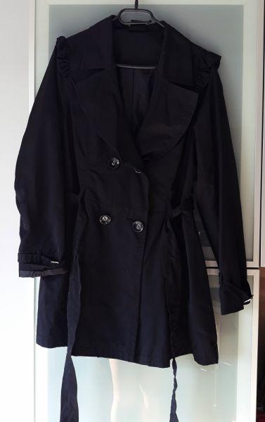 Odzież wierzchnia Nowy płaszcz falbany rozmiar L