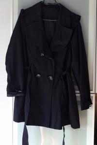 Nowy płaszcz falbany rozmiar L...