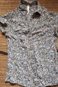 Bluzeczka w kwiatki XS house