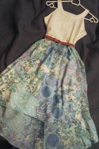 Sukienka dla dziewczynki koronkowa asymetryczna...