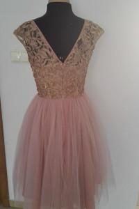 Sukienka różowa tiulowa...