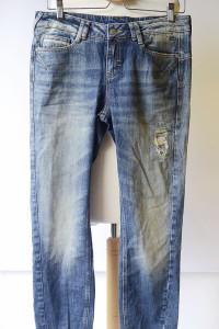 Spodnie NOWE Dzinsowe XL 42 Dziury Przetarcia Rurki Jeansowe...