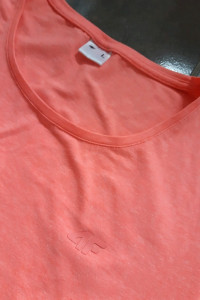 Koszulka bluzka tshirt damski neonowy róż 4F L