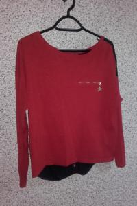 Sweter czerwony czarny guziki