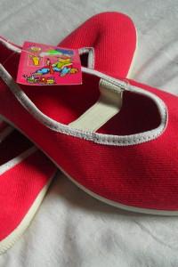 Czerwone tenisówki z gumką 2 pary roz 39