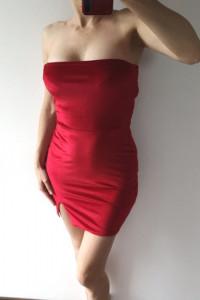 Pretty Little Thing czerwona aksamitna sukienka S...
