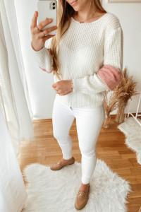 Biały cudowny sweterek z pudrowymi wstawkami...
