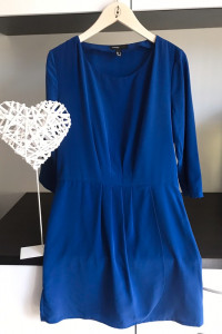 mango kobaltowa sukienka