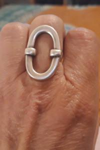 Srebrny oryginalny duży pierścionek