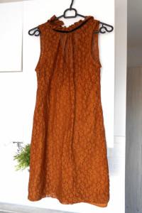 Zara koronkowa sukienka
