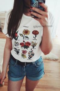 nowy biały tshirt koszula z nadrukiem printem w kwiaty w stylu lat 90 vintage retro tumblr 90s