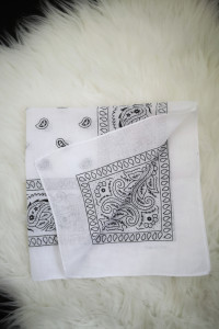 Chusta bandana bawełniana chustka biała nowa