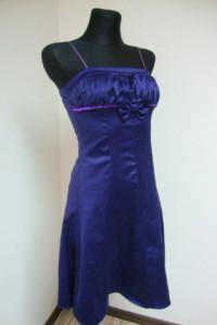 Fioletowa sukienka z kokardką promocja