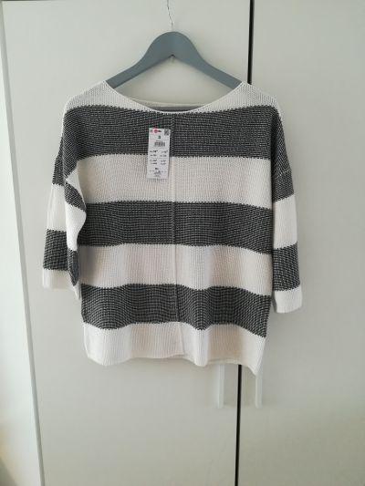 Swetry Nowy firmowy sweterek na jesień w biało granatowe paski
