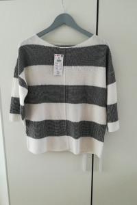 Nowy firmowy sweterek na jesień w biało granatowe paski...
