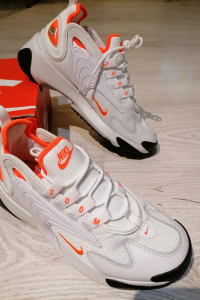 Nike Zoom 2K...