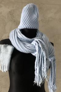 Komplet szalik błękitny czapka i rękawiczki NOWY...