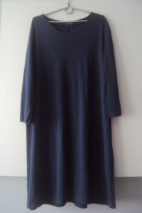 dzianinowa trapezowa sukienka