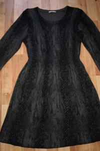 Dzianinowa sukienka 42