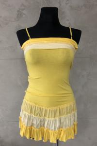 Żółta sukienka falbanki kratka