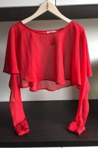 czerwona krótka koszula...