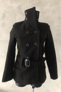 Czarny płaszcz damski kurtka narzutka S 36