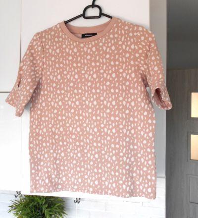 Bluzy Reserved bluza pudrowa wzory pudrowy róż print