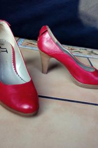 Buty na obcasie szpilki Jennifer Taylor rozmiar 38