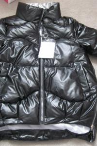kurtka puchowa pikowana S czarna lakierowana