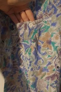 wzorzysta koszula z krótkim rękawem...