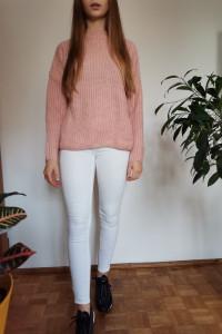 Sweter pudrowy róż S M...
