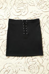 Czarna spodnica