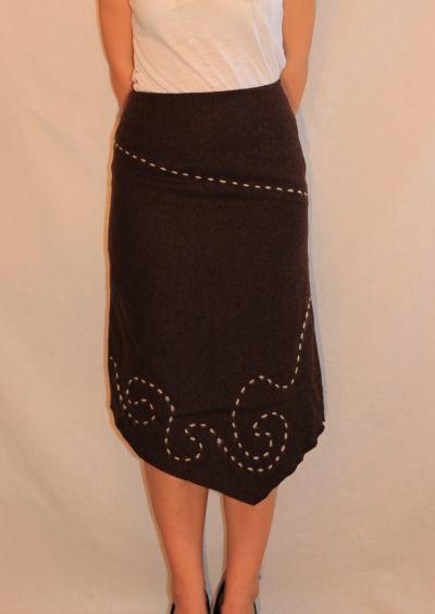 Spódnice Brązowa wełniana spódnica ze wzorem 36 S Bialcon