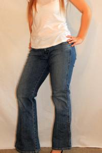 Jeansy długie spodnie dzwony W30 L30 Wrangler M