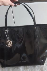 Oryginalna torebka Armani Exchange lakierowana