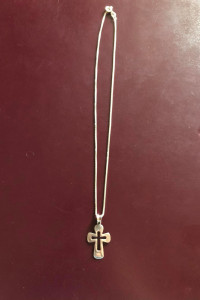 Nowy srebrny łańcuszek z krzyżykiem 925